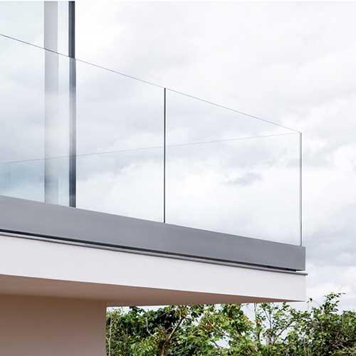 Glasbalkone und Glasvordächer von Glas Meißner in Kaiserslautern